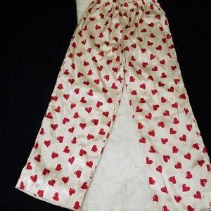 Heart-print pajama bottoms